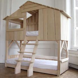 Treehouse Bunk Bed - Varnished Lime Wood