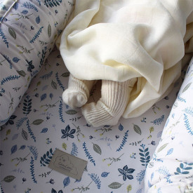 Baby nest with lining - Pressed Leaves Blue Multicolour Cam Cam Copenhagen