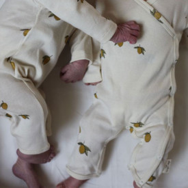 Newborn Onesie - Lemon White Konges Sløjd
