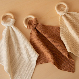 Knitted Teether So Natural - Biscuit Brown Nobodinoz