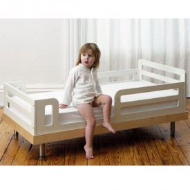 Classic Toddler Bed - Birch White Oeuf NYC