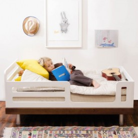 Classic Toddler Bed - Walnut White Oeuf NYC