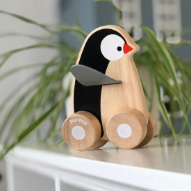 Penguin Wheelie Black Plantoys