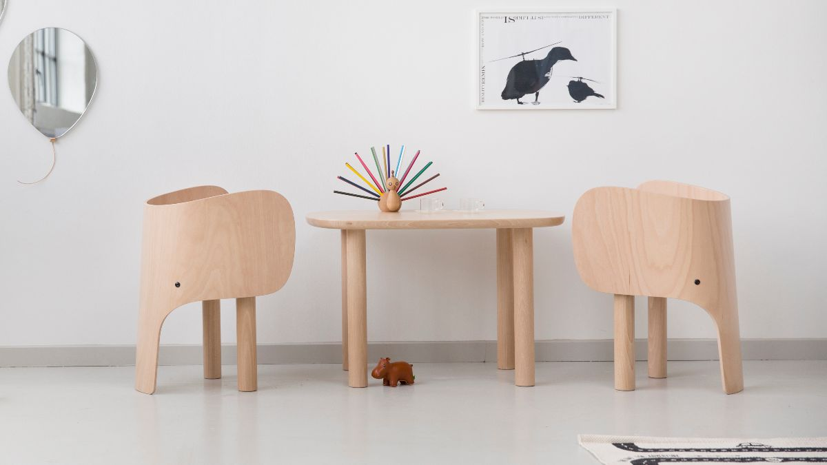 Elephants little table and chairs - Elements Optimal